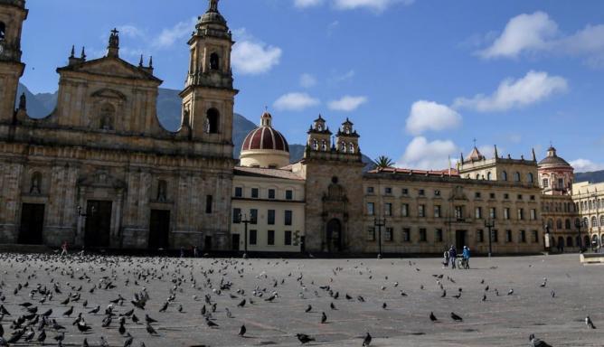 Bogotá se cuenta en 100 palabras