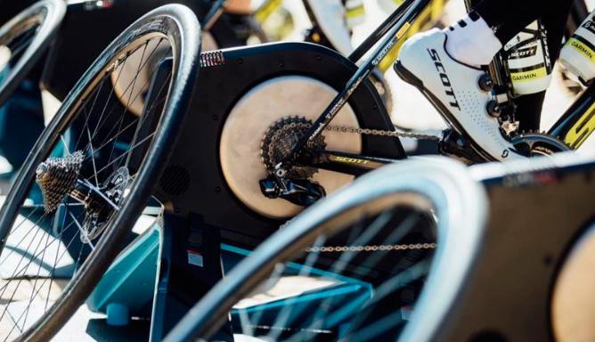 Aprenda a hacer un rodillo casero para montar en bicicleta