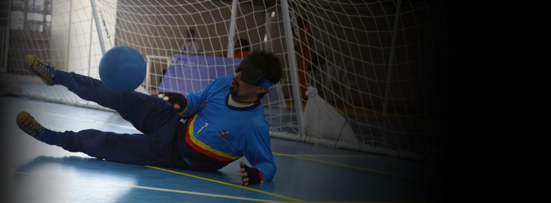 El bogotano Boris Pedraza es uno de los mejores jugadores de goalball en Colombia.