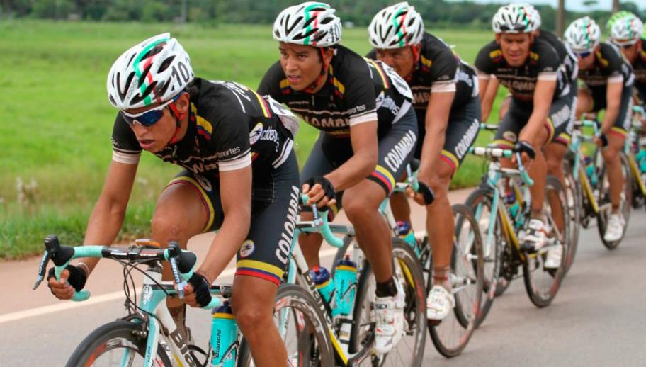 ¿Qué hacer para tener un equipo colombiano en la élite del ciclismo?