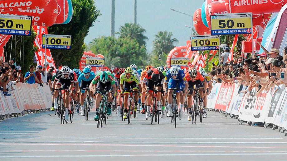 4 colombianos, en el top 20 de la etapa 1 del Tour de Turquía / Tour de Turquía OFICIAL
