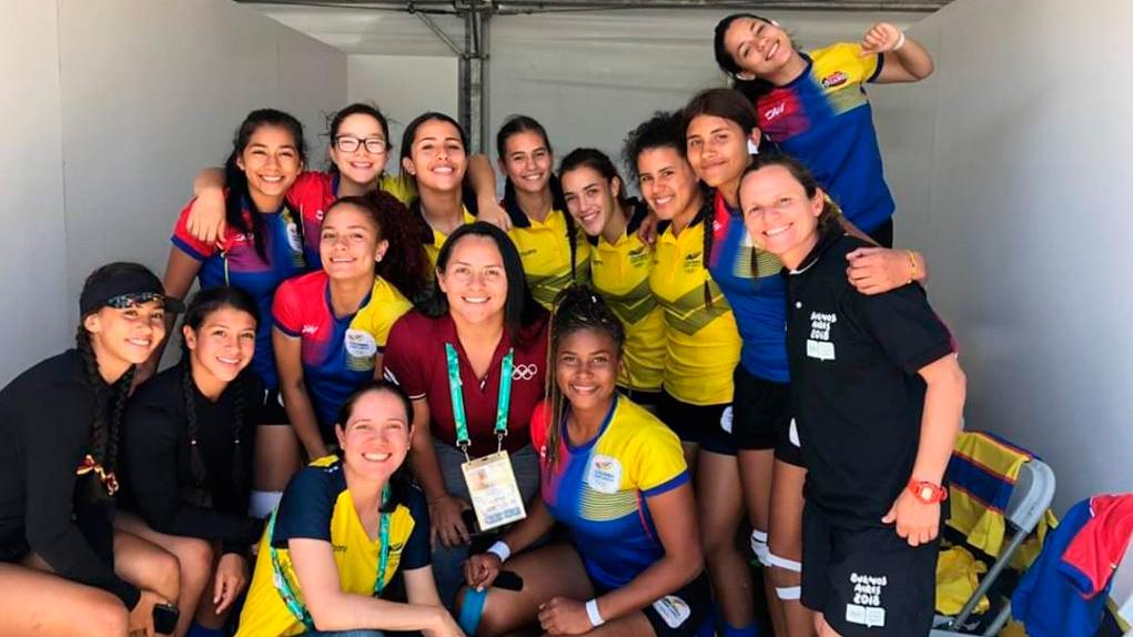 Alejandra Betancur es una de la figuras del rugby femenino en Colombia.
