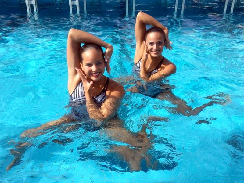 Estefanía Álvarez y Mónica Sarai Arango, la dupla colombiana de natación artística