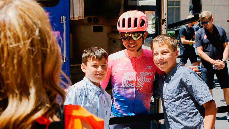 Higuita y Urán hacen top 10 en la etapa 2 del Tour de California / EF Education First