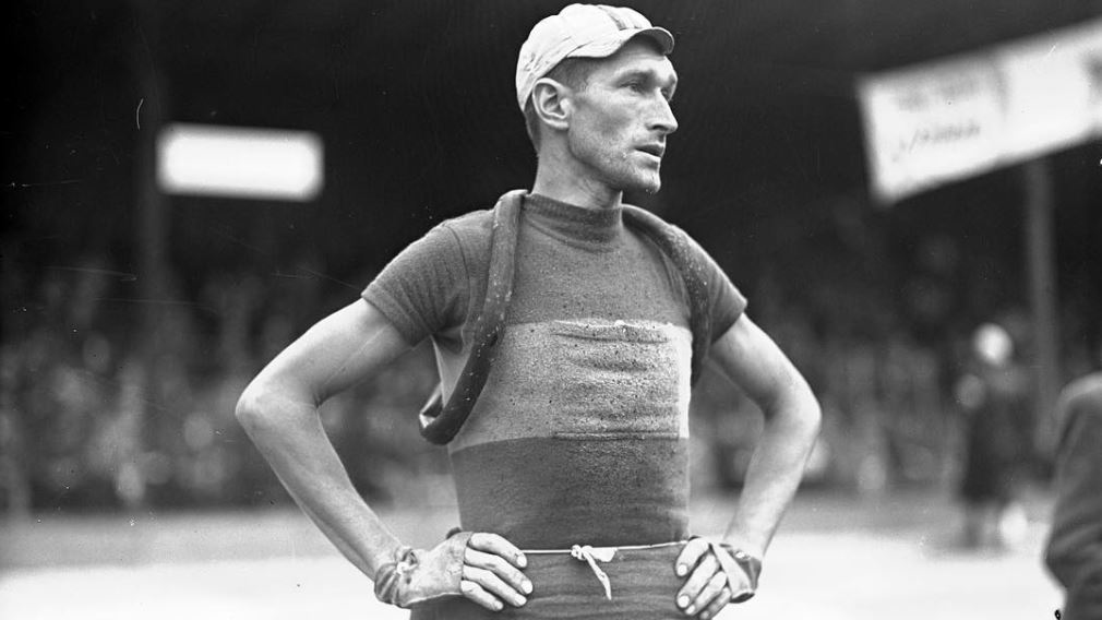Bolesław Napierała fue campeón del Tour de Polonia en 1937 y 1939