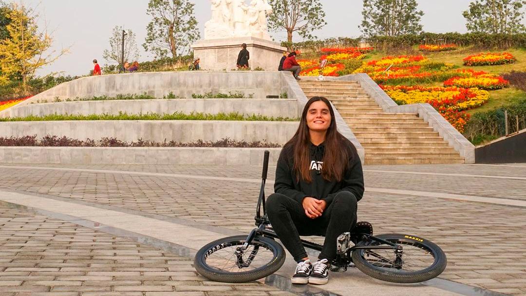 Entrevista de la ciclista Macarena Pérez en Señal Colombia Deportes