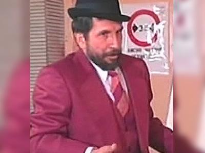 Jorge Velosa como Trino Epaminondas Tuta - Romeo y Buseta