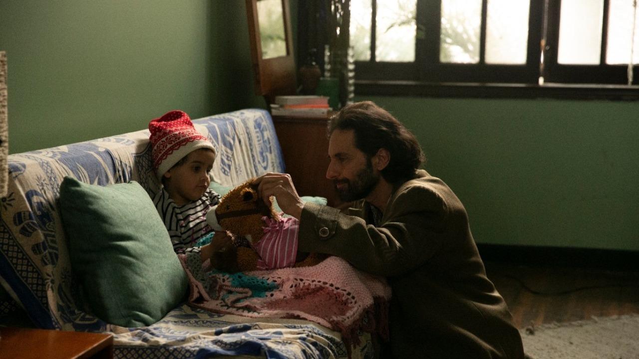 Foto de estudio del protagonista de la serie, Luis Fernando Hoyos.