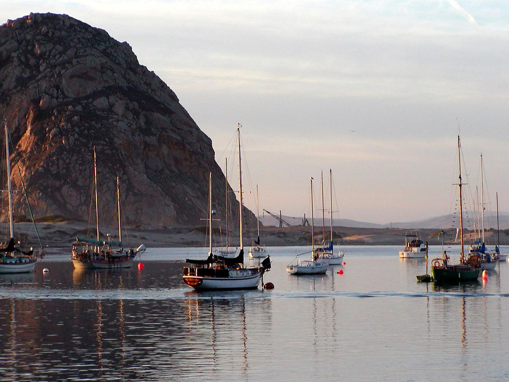 Morro Bay, California / Damian Gadal