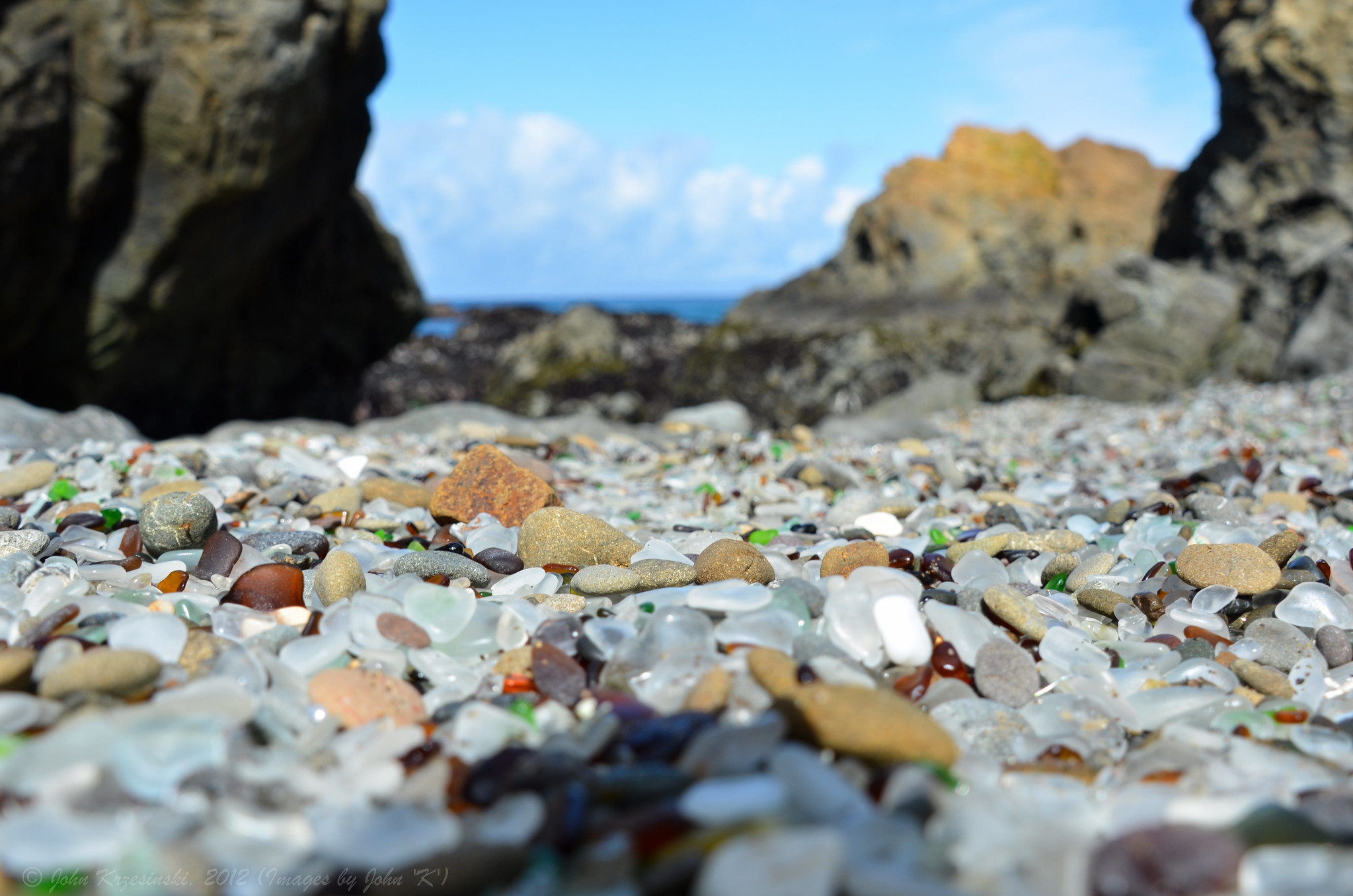Glass Beach / John Krzesinski, 2012
