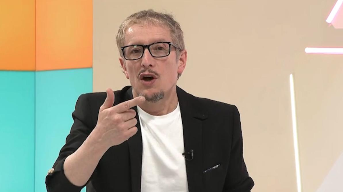 Fabio Rubiano presenta 4 preguntas a la historia senal colombia