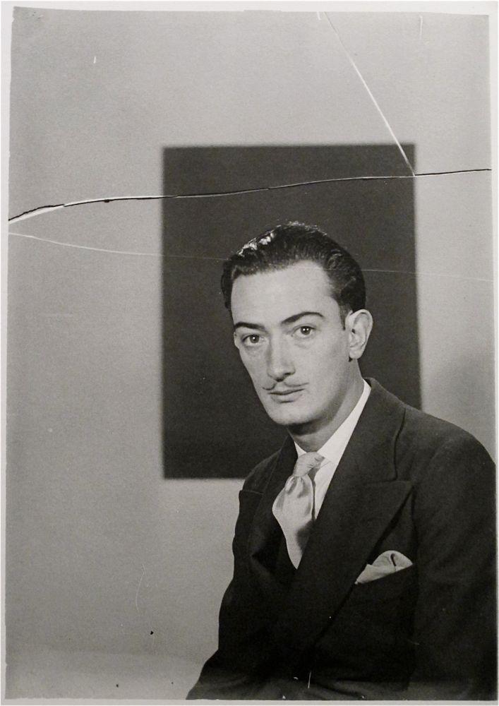 Salvador Dalí capturado por Man Ray.