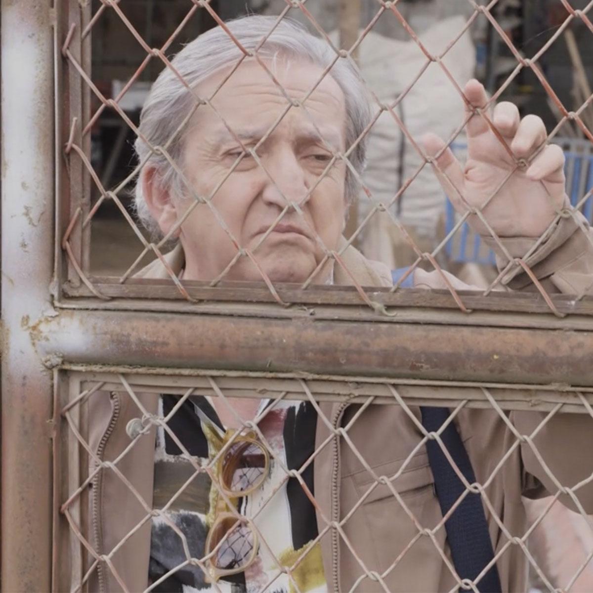 """Unos ancianos incursionan en el crimen con """"Paseadora de perros - Abueles"""" 2"""
