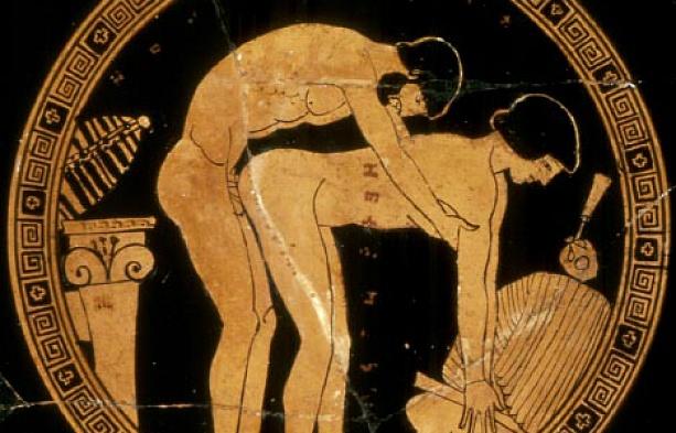 Amo teniendo relaciones homosexuales con su joven esclavo (Antigua Grecia)