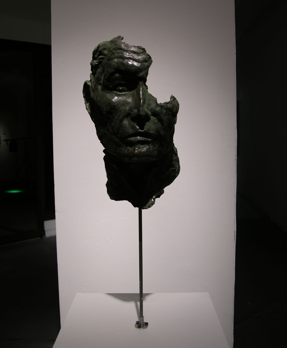 Artista Carlos Castro Simón Bolívar