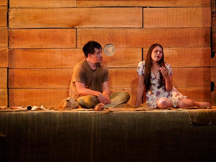 obra 'De ratones y hombres' dirigida por Manolo Orjuela. Foto: Cristián Perilla - Teatro Colón