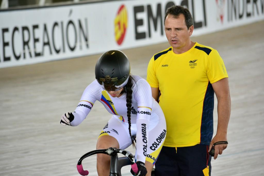 Jhon Jaime González, técnico de la selección Colombia de pista / Comité Olímpico Colombiano