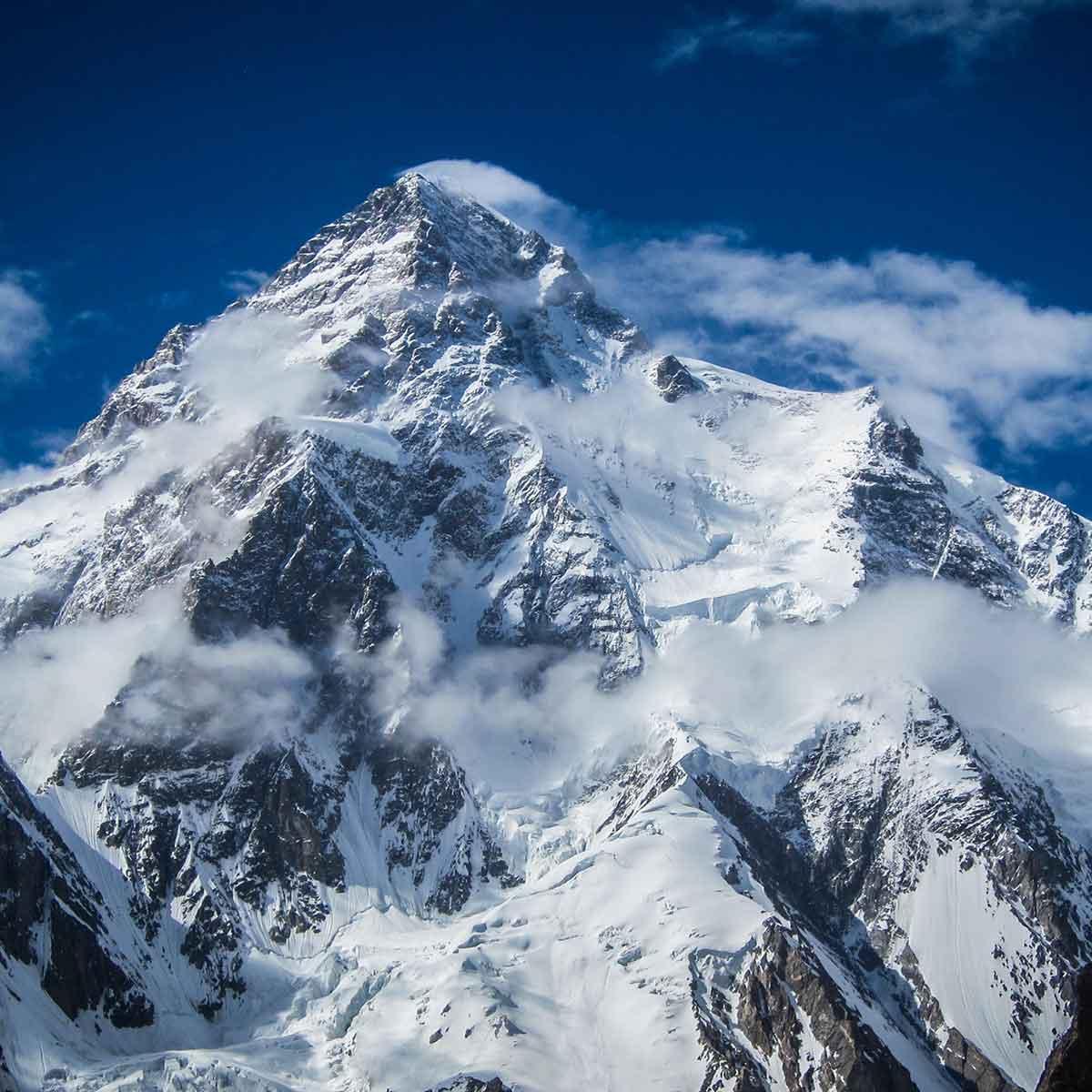 alta montaña en la pelicula morir por la cima