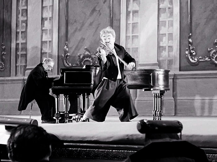 Candilejas película 1952 Chaplin en escena