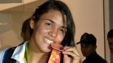 Andrea Olaya, luchadora colombiana / Inderhuila