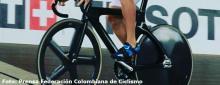 ¿Cuál es la diferencia entre las bicicletas de pista y ruta?  / Fedeciclismo