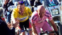 Lance Armstrong (izq) y Marco Pantani (der), pedalistas señalados de incurrir en casos de dopaje / Eurosport