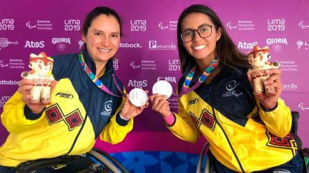 La raqueta dorada del tenis en silla de ruedas Paranacional