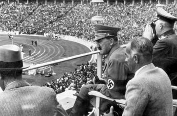Hitler en los Juegos Olímpicos de Berlín, 1936.