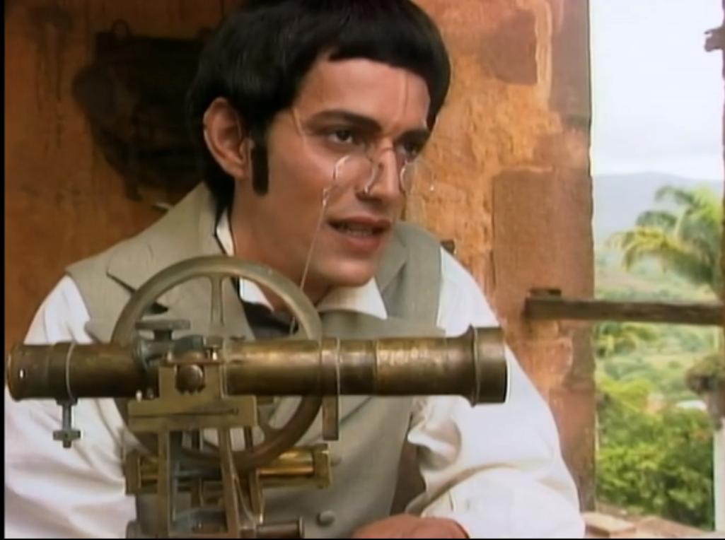 Juan Fisher como el Sabio Caldas