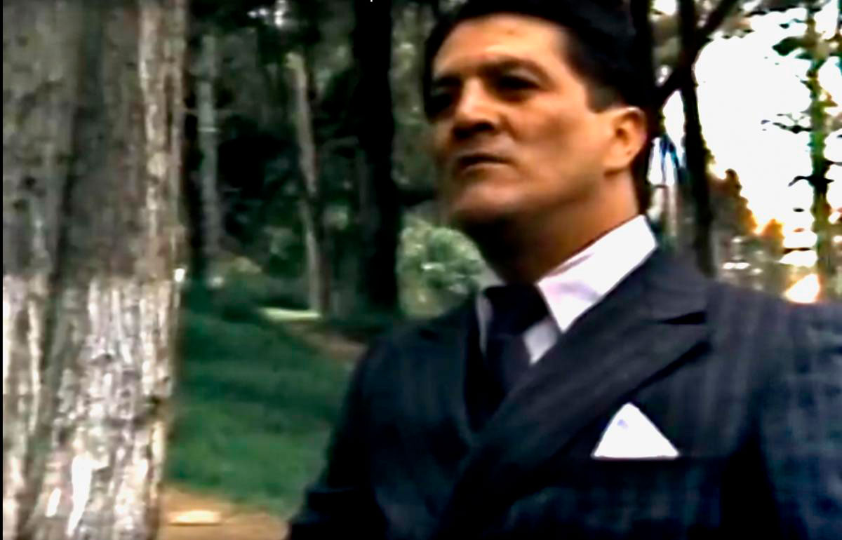 edgardo roman interpretando a Jorge Eliecer Gaitán en la miniserie El Bogotazo