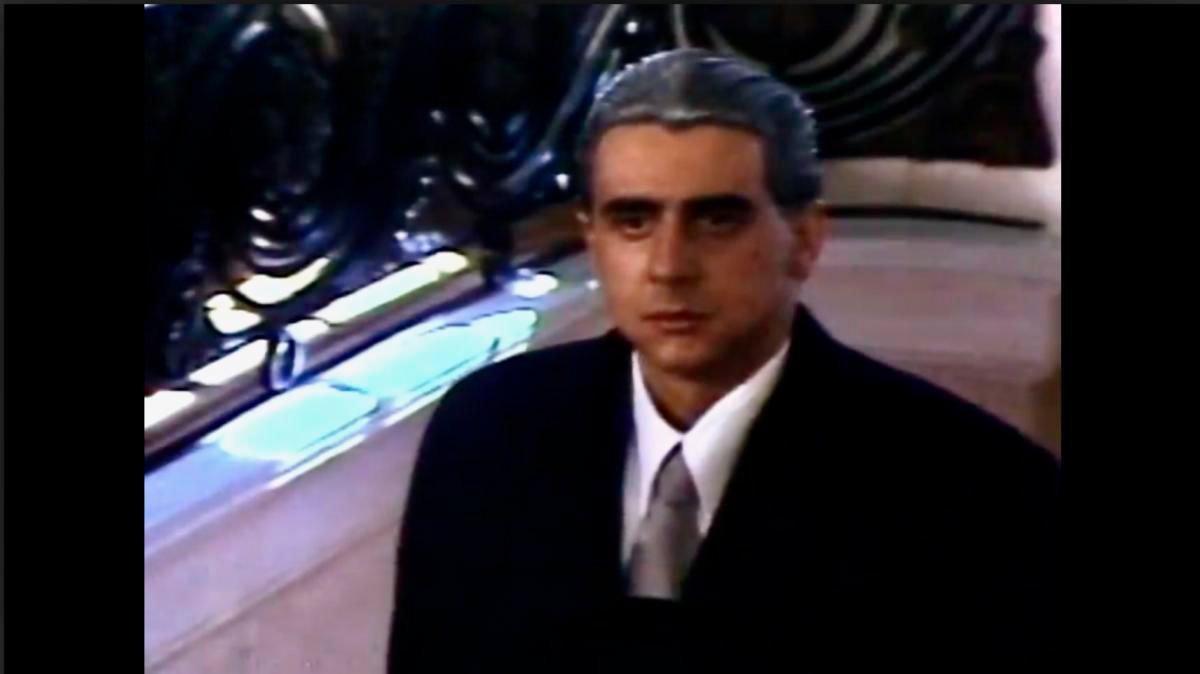 victor mallarino interpretando a Mariano Ospina Pérez en la miniserie El Bogotazo