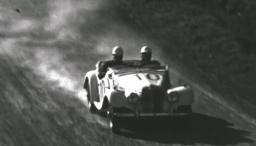 Carro de carreras en Colombia en la década de los años 60