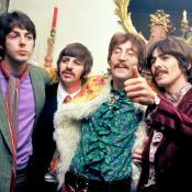 (De izq. a derecha) Paul Mccartney, Ringo Starr, John Lennon y George Harrison. Foto de Hulton Archive / John Pratt