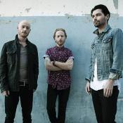 Biffy Clyro son Simon Neil, Ben Johnston y James Johnston. Foto tomada de press.wbr.com