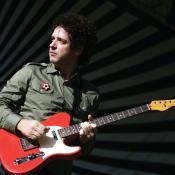 """El 4 de abril de 2006, Gustavo Cerati lanzó el álbum """"Ahí Vamos""""."""