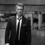 Josh Homme baila en el nuevo video de Queens of the Stone Age
