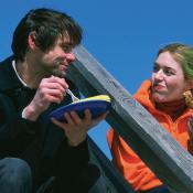 Joel Barish (Jim Carrey) y Clementine Kruchinsky (Kate Winslet).