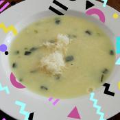 Fundamental en el mote: queso costeño y ñame.