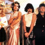 Freddie Mercury, John Deacon, Brian May y Roger Taylor en el vídeo I Want to Break Free