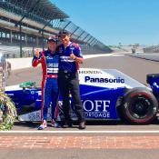 Takuma Sato y Rolando Coronado. Foto de: Prensa Andretti Autosport.