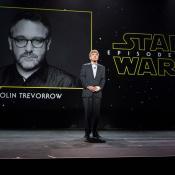 Colin Trevorrow es norteamericano y dirigió la más reciente entrega de Jurassic Park, 'Jurassic World' (2015).