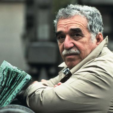 Gabriel García Márquez nació el y murió el. Foto tomada de Las 2 Orillas.