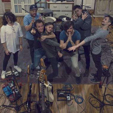 'Ciegos Corazones': un nuevo capítulo en la historia musical de TELEBIT