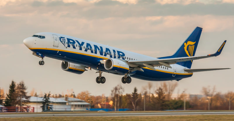 Ryanair profit slumps on weak pound