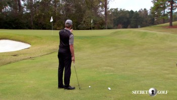Chris Stroud - Spin Shot Around The Green