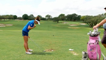 Gerina Piller: 3 Wood Swing