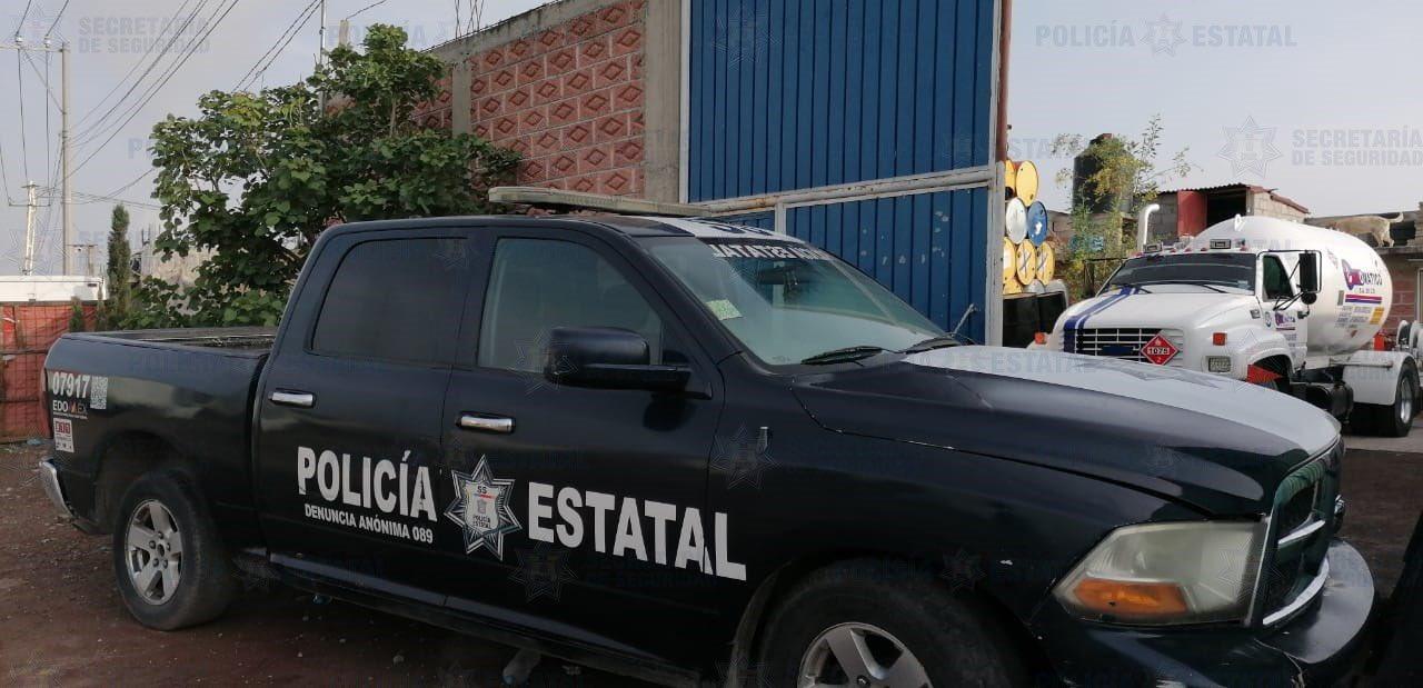 ELEMENTOS DE LA SS RESGUARDAN PREDIO TRAS LOCALIZAR TOMA CLANDESTINA DE HIDROCARBURO