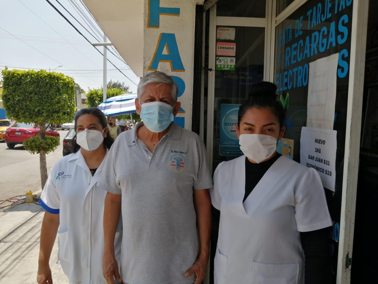 FARMACIA DE TULTEPEC APOYA CON MEDICAMENTO A PACIENTES CON COVID-19