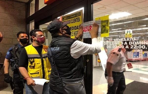 CLAUSURAN TIENDA EN CHILPANCINGO TRAS ESTAMPIDA EN SU REAPERTURA