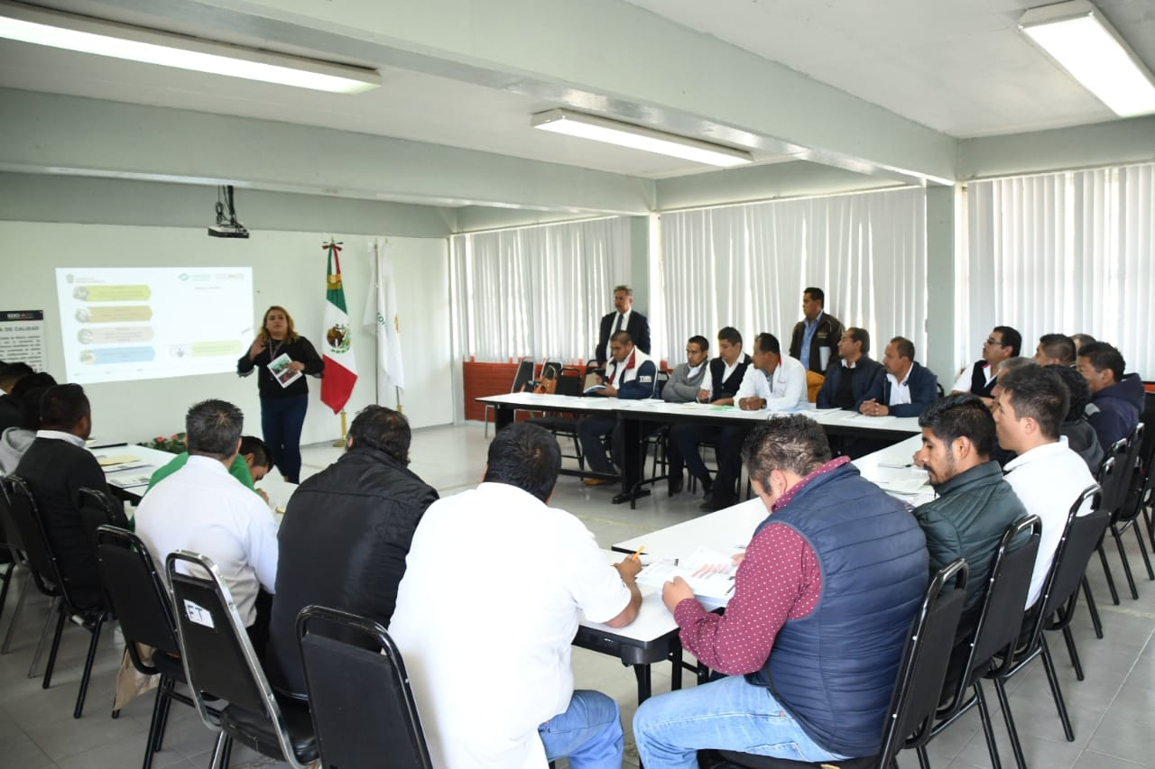 REANUDARÁN CURSOS Y CARRERA PROFESIONAL TÉCNICA PARA TRANSPORTISTAS